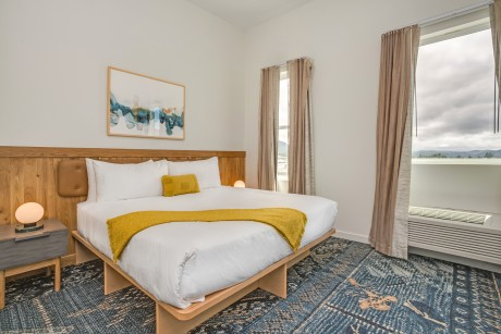 SaltLine Hotel - 2 Bed Room Suite
